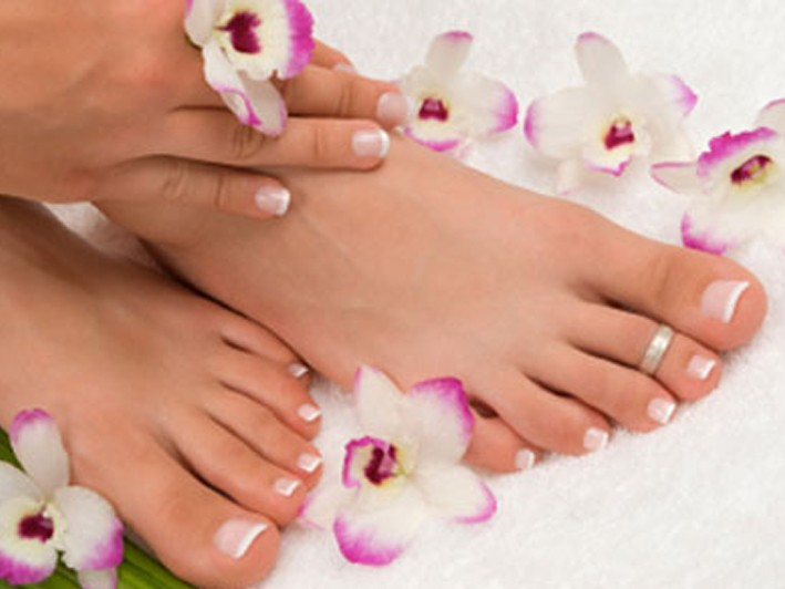 Holiday Perfect Nails! - $20 / $35 value for shellac manicure or signature pedicure