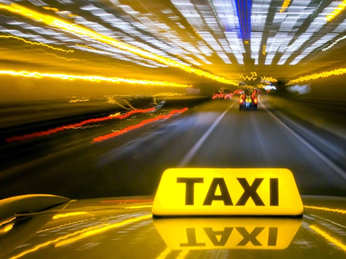 Significant Savings on Huntington Taxi Services to/from Airport/Train